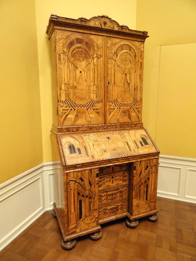 German secretary bookcase, c. 1740-1750.